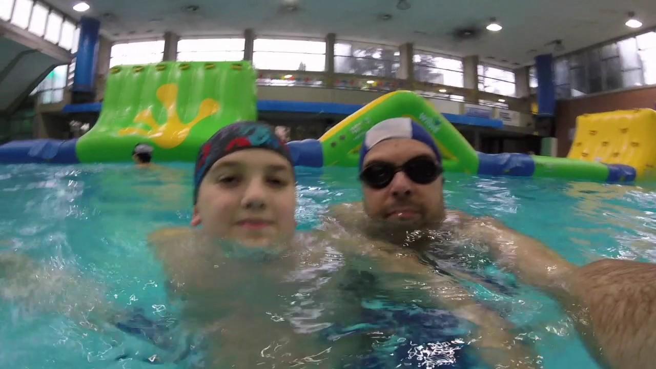 Pomeriggio in piscina con i gonfiabili youtube - Gonfiabili con piscina ...