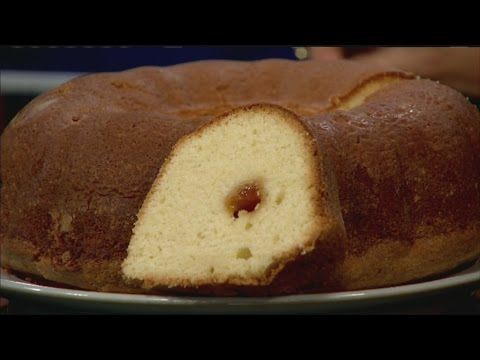 Mass Appeal Pound cake with apricot filling