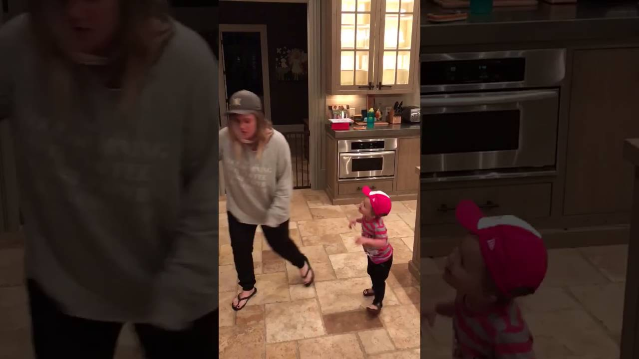 Kelly Clarkson's Daughter River Rose Sings on Today and Brings All the Feels