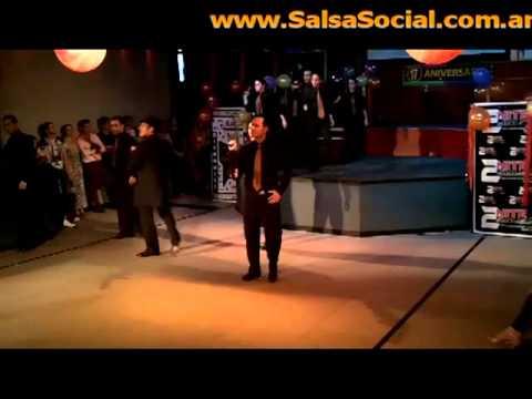Cía 2x4 MAMBO - Silvio Gonzales & Sandra Ferreyra
