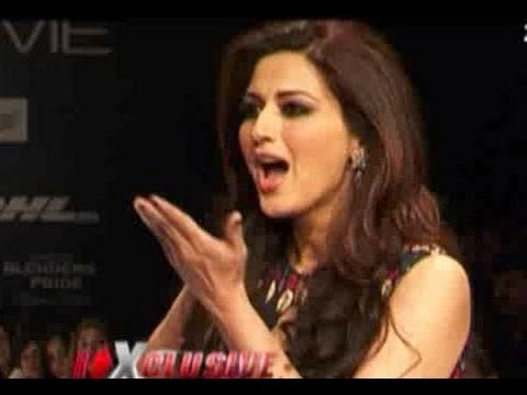 Goldie Behl surprises Sonali Bendre at Lakme Fashion Week