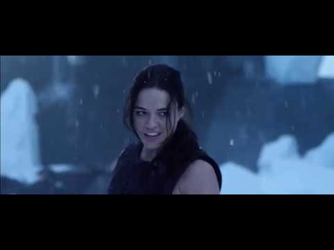 Resident Evil: Retribution - Jill And Rain Vs Alice Luther And Leon [Part 3]