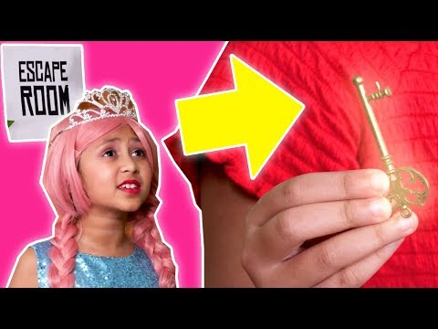 Escape Room Challenge 🔐 Malice Traps Olivia and Isabella! - Princesses In Real Life | Kiddyzuzaa