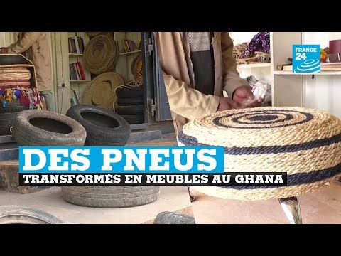 Accra, des pneus transformés en meubles