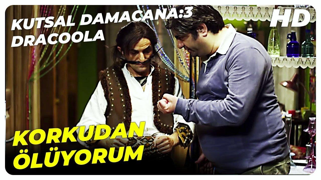 Sebo, Kara Fuat'ın Kılığına Girdi | Kutsal Damacana: 3 Dracoola Türk Komedi Filmi