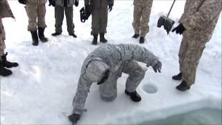 Тест обмундирования в водах Арктики<