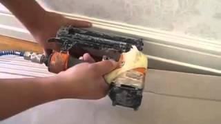 Монтаж белого плинтуса 120 мм(Купить напольные покрытия можно в магазине http://a-parket.com/, 2014-06-08T10:50:10.000Z)