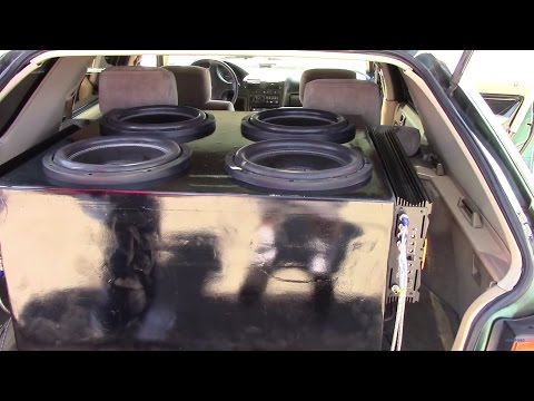 4 AMERICAN BASS 12S FLEXING A HONDA WAGON LIKE CRAZY!
