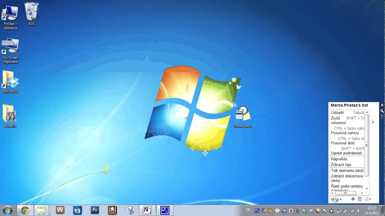 How to Change Desktop Icon size on Windows 10 - YouTube