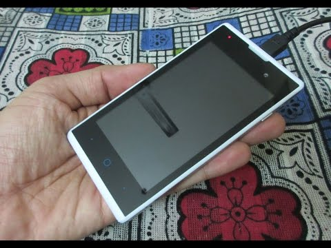 ZTE Blade Buzz v815w Unboxing and review: Smartphone in only 38 Dollars