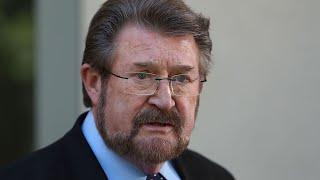 Derryn Hinch slams political pay system