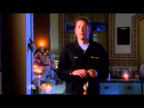 Chuck S05E01  New Young Pony ClubIce Cream