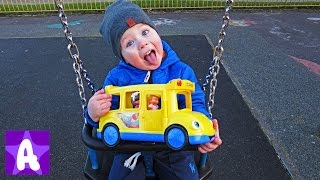 The Wheels on the Bus - Popular Baby Nursery Rhymes Song