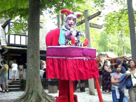 Scary baby jester at MD renaissance faire & Scary baby jester at MD renaissance faire - YouTube
