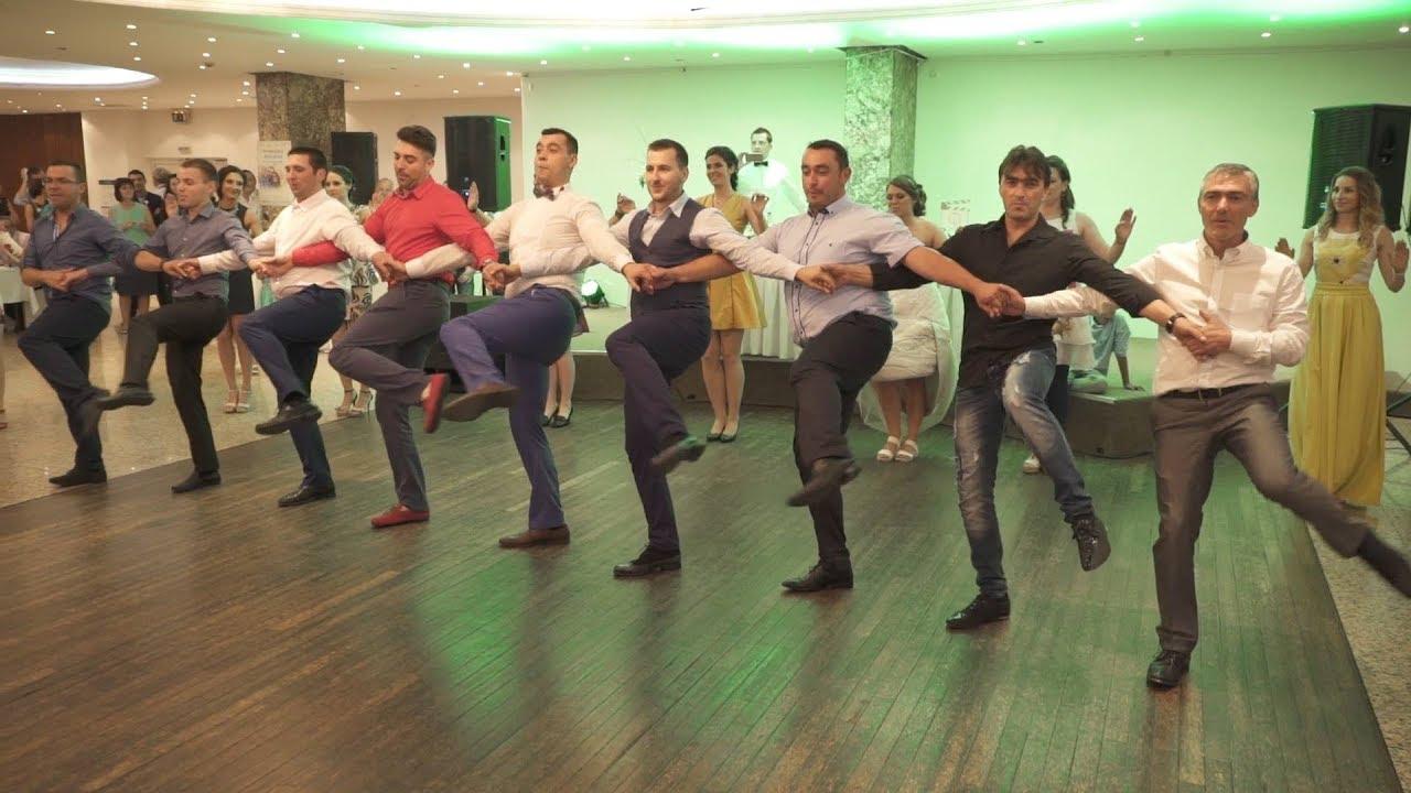 Тракийски танц на Българска сватба