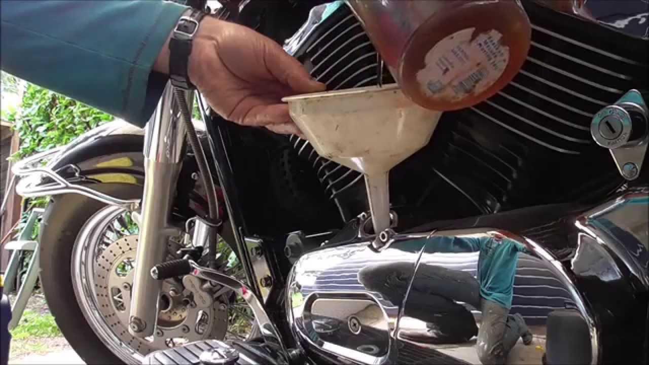 olie verversen kawasaki vulcan vn 800 classic ( oil change ) - youtube
