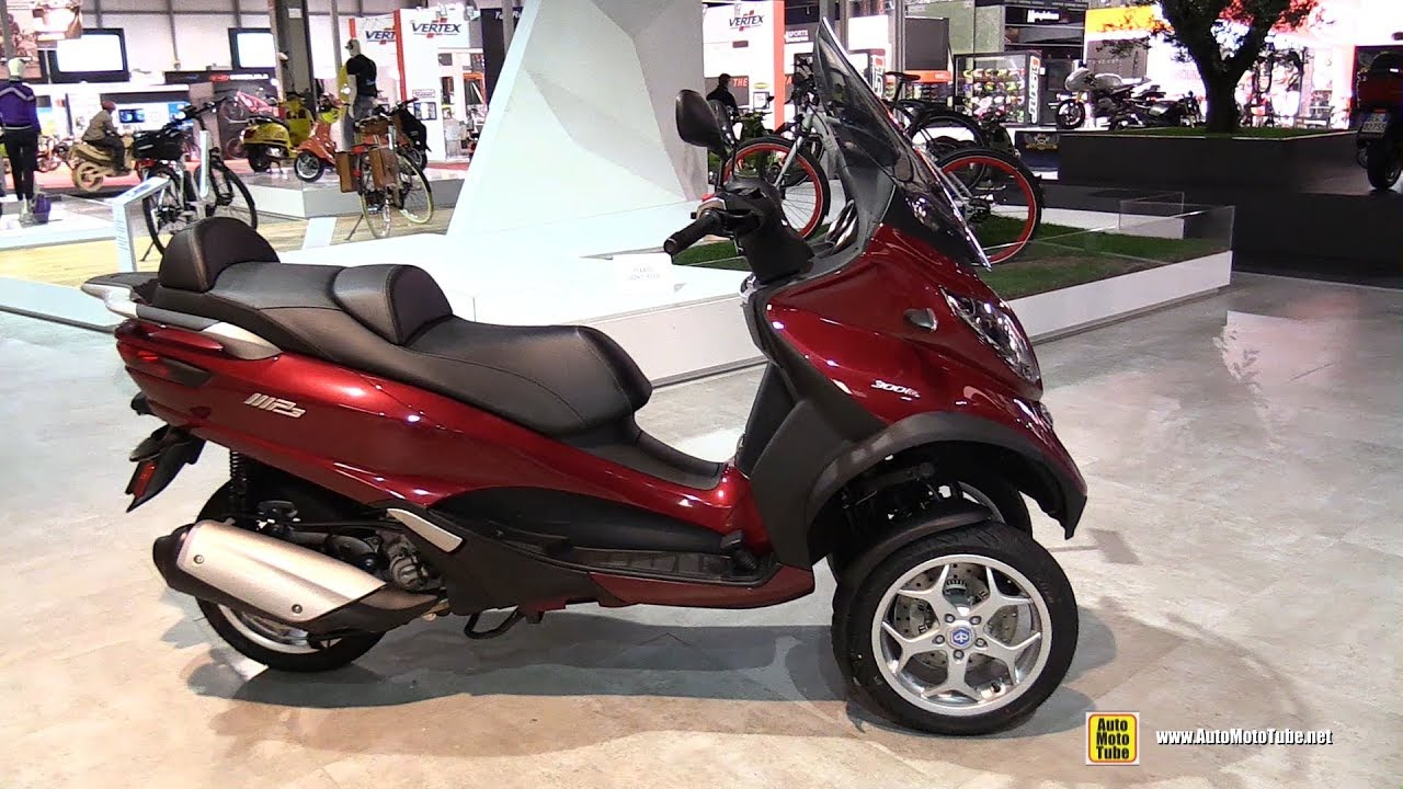 2017 piaggio mp3 business 300 walkaround 2016 eicma milan youtube. Black Bedroom Furniture Sets. Home Design Ideas