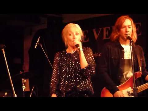 Wendy James - Baby I Don't Care - The Venue, Derby - 01/06/2016