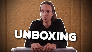 MY FIRST UNBOXING VIDEO