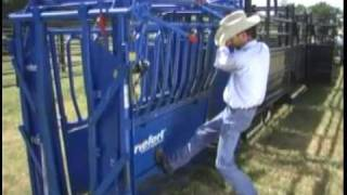 Cattle Handling Equipment by Priefert