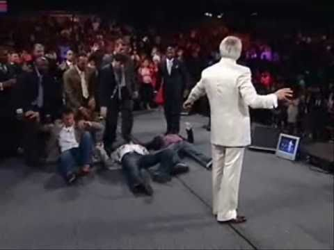 Benny Hinn - Praying for Ben Grasby