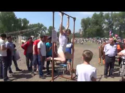 Красноярск: Сабантуй на острове Татышев