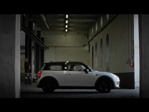 MINI Cooper : Be Cool, Be Cooper. Director's cut by Francesco Nencini.