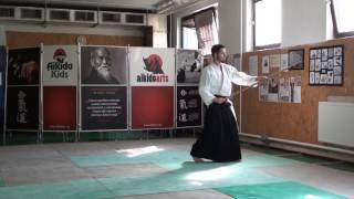 zengo no ido hasso gaeshi tsuki [TUTORIAL] Aikido advanced weapon technique