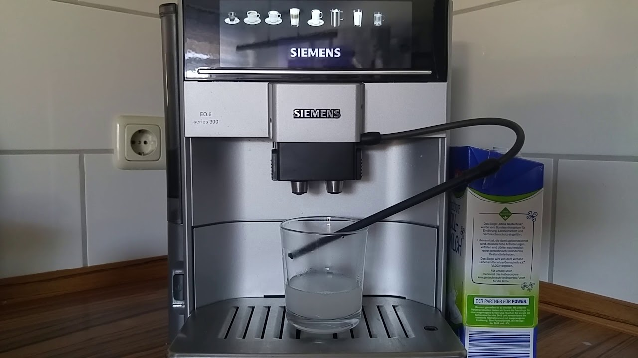 Siemens Eq 6 Series 300 One Year Old Milk Clean Turn Off One Touch Youtube