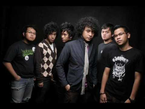 NIDJI - DOSAKAH AKU (with Lyric)
