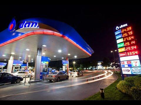 """Sherlcok Hoon """"PTT ลงแรงผลมาจากราคาน้ำมันตลาดโลกเข้าใกล้ระดับต่ำสุดในรอบ 7 ปี"""" Dec 8,2015"""