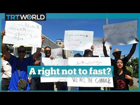 Tunisians demand right to eat and drink in public during Ramadan
