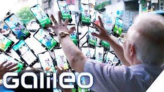 Pokemon-Opa: Ein 70-Jähriger mit 33 Smartphones im Pokémon Go-Fieber | Galileo | ProSieben