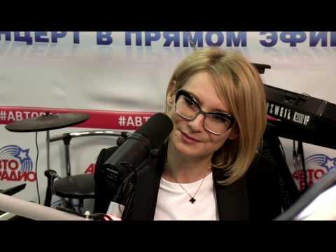 Печатки, бусы и браслеты: Эвелина Хромченко о мужских аксессуарах
