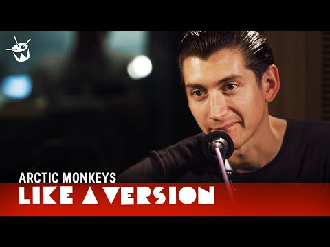 Arctic Monkeys - Do I Wanna Know? (live On Triple J)