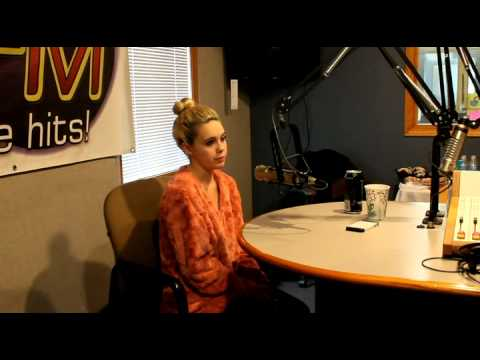 Bea Miller Interview - 105.9 Kiss FM - YouTube