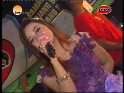 suket teki-Nita Savana live with New TWINS