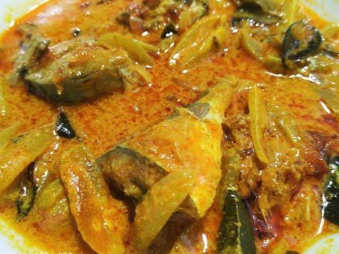 ഇരുമ്പൻ പുളി  ഇട്ടുവച്ച അയില മീൻ കറി /Traditional Fish Curry