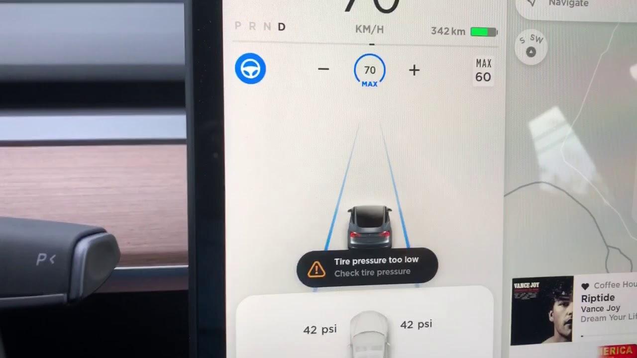 Tesla Model 3 Low Tire Pressure Warning