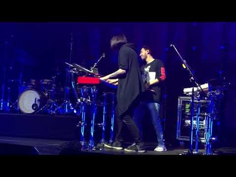 Mike Shinoda - In The End (w/ fan) & Heavy (live)   02.03.2019   Columbia Halle, Berlin