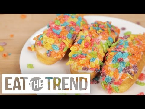 Fruity Pebbles Twinkies | Eat the Trend