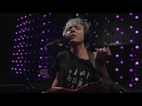 Pond - The Weather (Live on KEXP)