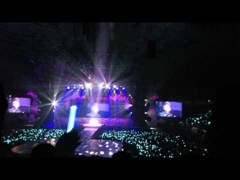 [110910 SHINee World Concert in Singapore] Jonghyun Solo - This Woman's Work