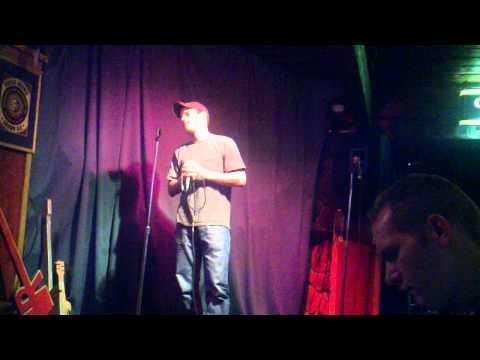 Hooligan's Karaoke - Kevin-3 am 8-31-11.3gp