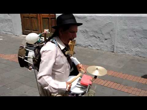 Quito Drummer Man