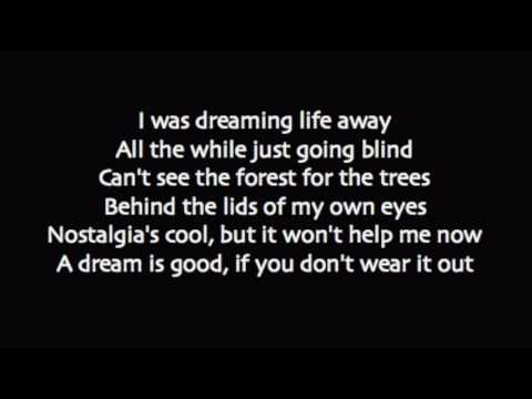 Paramore - Caught in the Middle lyrics