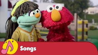 Elmo and Raya Promote Personal Hygiene - Galli Galli Sim Sim