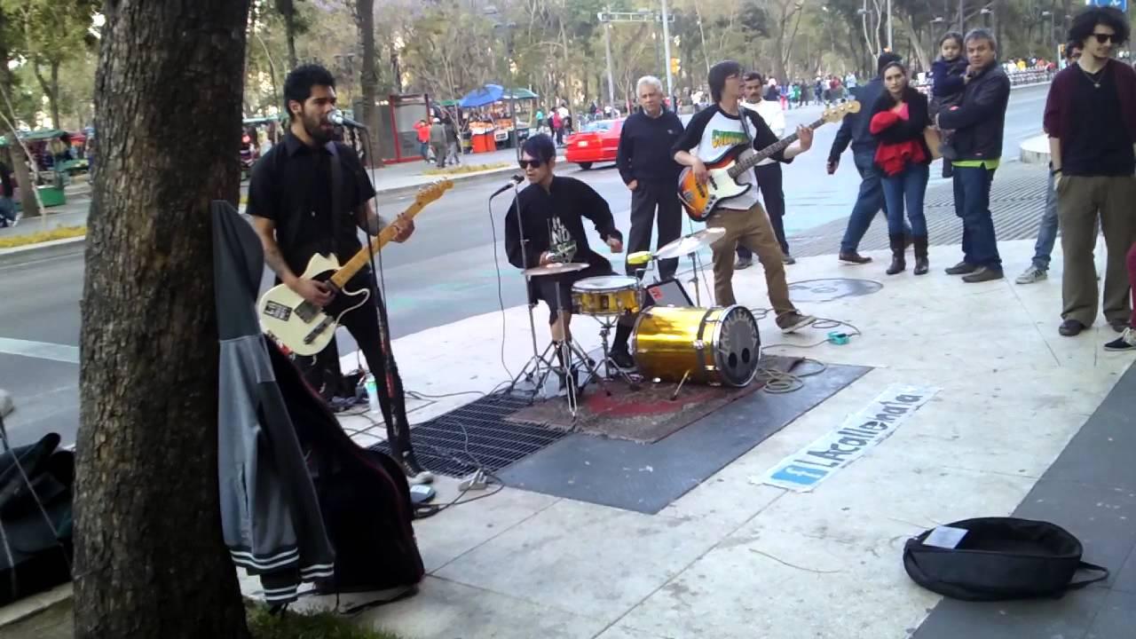 La calle mata, grupo de rock - YouTube