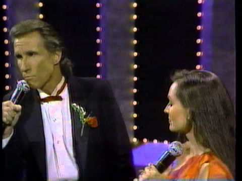WHAT ABOUT ME (Live) - Kenny Rogers, Crystal Gayle & Bill Medley