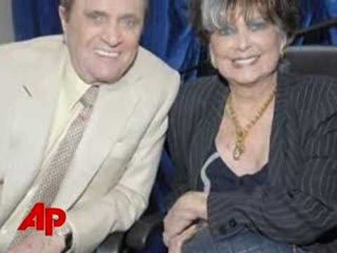 'Newhart Wife,' Actress Suzanne Pleshette Dies
